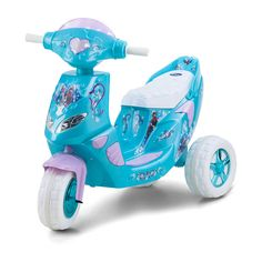 Disney Frozen Power Wheels Ride on Toys. These Disney Frozen Power Wheels battery powered ride on toys are perfect for young girls who loves Disney movies. Disney Frozen Toys, Frozen Dolls, Frozen Kids, Frozen Movie, Toy Cars For Kids, Toys For Girls, Kids Toys, Princess Toys, Ice Princess