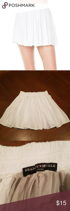 "Brandy Melville White Skirt one size Brandy Melville White Skirt one size. Approx. 13"" length. Brandy Melville Skirts Mini"