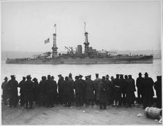 """""""The USS Arizona passing 96th Street Pier in great naval review at New York City."""" 1918 [3000  2325] http://ift.tt/2gCug1e"""