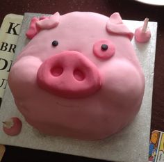 Waddles from Gravity Falls birthday cake.