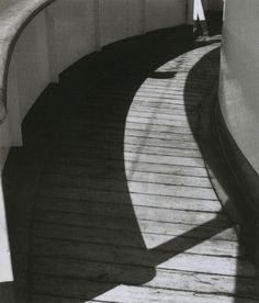 Shoji Ueda,Sans titre, 1934.From Shoji Ueda (Photo Poche). With thank toliquidnight.