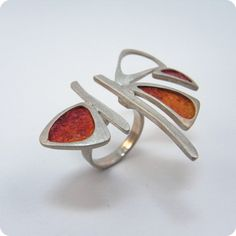 Silina sterling silver ring. This is very interesting, I think I like it