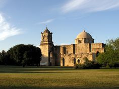 San Antonio Missions National Historical Park http://womenbuddy.com/best-things-to-do-in-texas.html