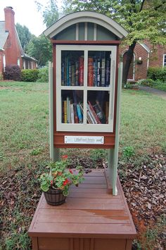 Last weekend I took a quick trip to the beach with a few friends that live in Raleigh. Both women have kids and were chatting about their local library. I casually mentioned Charlotte's Little Free Library initiative, and their minds were blown. It's like I had just told them that Charlotte was home to an …