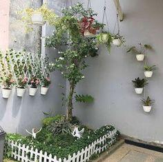 30 Elegant And Minimalist Vertical Garden Indoor Decor Ideas On A Budget Small Balcony Garden, Small Backyard Gardens, Terrace Garden, Raised Garden Beds, Indoor Garden, Back Garden Landscaping, Backyard Garden Design, House Plants Decor, Plant Decor