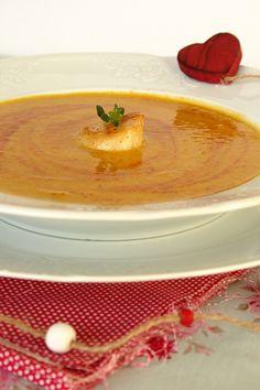 Sopa de abóbora assada com vieiras