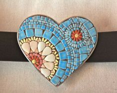 Items op Etsy die op Mosaic Heart Buckle and Belt- White and Pink with a Sky Blue Background lijken Mosaic Rocks, Stone Mosaic, Mosaic Glass, Mosaic Tiles, Mosaics, Mosaic Mirrors, Tiling, Mosaic Wall, Mosaic Crafts