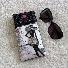 Guitar Case - Etui à lunette la parisienne n°3 chic et rétro en tissus noir et rose à pois : Etuis, mini sacs par nymeria-creation