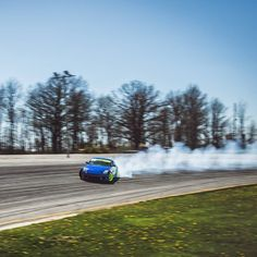 Smoke Machine. @nicholsinyourpocket whipped this 350z around the track all day like he stole it. Big angles high speed and throwing deep into banked corners. I'll slowly get some more online this week from Baer Bash and have a full post on tedisgraphic.com later. #drift #drifting #breaking #baerbash #baerbash2016 #nissan #350z #slides #racecar