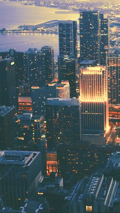 My Lockscreens - Cityscape Backgrounds