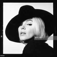 American actress Marilyn Monroe (1926 - 1962) wearing a black hat, Beverly Hills, California, July 1962. The two sessions for the photoshoot took place in late June and early July, only weeks before her death on 5th August 1962. The images were published posthumously in Vogue magazine under the title 'The Last Sitting'.