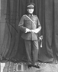 Mareşal üniformasıyla Mustafa Kemal Atatürk, Kastamonu - 24 Ağustos 1925.