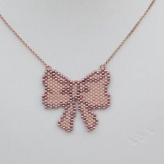Etsy - Buy handmade, vintage, personalized and unique gifts for everyone - Pale pink and sidereal pink gold filled miyuki pearl bow tie necklace… - Peyote Stitch Patterns, Bead Loom Patterns, Beading Patterns, Seed Bead Jewelry, Beaded Jewelry, Handmade Jewelry, Art Perle, Peyote Beading, Beaded Animals