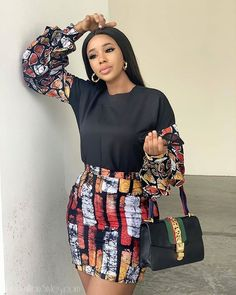 Cc @_komee Short African Dresses, Latest African Fashion Dresses, African Print Fashion, Ankara Fashion, African Prints, Trendy Ankara Styles, Ankara Blouse, Ankara Skirt, Black Love