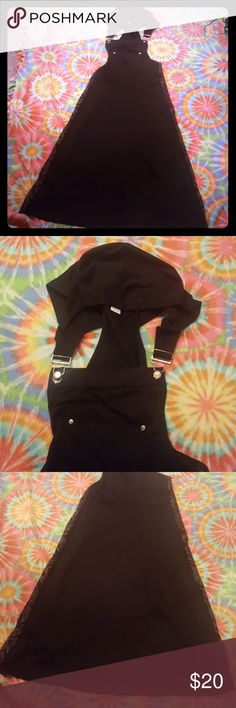 Goth jumper overalls Goth jumper overall dress Inserted fabric to make it a med/lg Some pilling on it from washing Witchy vibes Killstar Hot topic  Goth Gothic Dollskill anna kaci Dresses Maxi