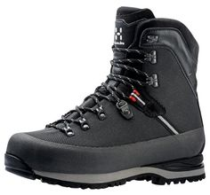 Haglöfs Grym is a innovative hiking boot made of a unique material combination, resulting in low weight, durability, quick drying and very easy care. Trekking Gear, Hiking Gear, Hiking Boots, Trainer Boots, Outdoor Outfit, Outdoor Gear, Outdoor Life, Trail Shoes, Cool Boots