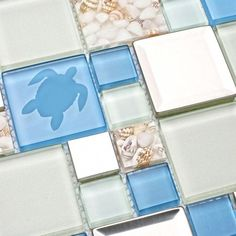 10 Beach Style Backsplash Tiles for your Coastal Kitchen or Bathroom - An awesome roundup of beach chic backsplashes to add coastal flair and personality to your home! Beach Cottage Style, Beach Cottage Decor, Coastal Cottage, Coastal Homes, Coastal Style, Coastal Decor, Coastal Living, Coastal Colors, Bright Colors