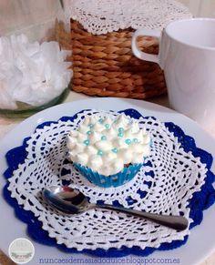 Blue Vintage Cupcake