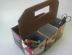 """Esta es una práctica y muy útil forma de tener ordenados los lapices y colores de los niños. Esta pequeña """"caja de herramientas"""" hech..."""
