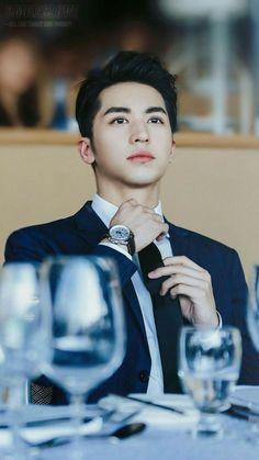 James Zheng, Columbia, lab technician (Xu Weizhou) by Korean Boys Ulzzang, Korean Men, Ulzzang Boy, Hot Asian Men, Asian Boys, Handsome Actors, Handsome Boys, Handsome Asian Men, Asian Actors