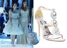 Aria Montgomery (Lucy Hale) wears these crystal t-strap sandals in this upcoming episode of Pretty Little Liars. They are the Badgley Mischka Harvey-II Embellished T-Strap Heels. Buy them HERE for $235 All Outfits from Pretty Little Liars Other Outfits from … Continue reading →