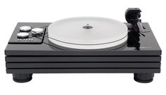 With a few select, but drastic improvements to the MMF11, the MMF11.1 is a flagship turntable that Music Hall should be proud to create. A Pro-ject '9cc Evolution' carbon fiber tonearm nicely compliment the massive platter and pulley system upgrade to help keep you worrying about the music and not about vibrations and skips.