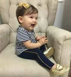 Cute Baby Girl, Cute Babies, Baby Kids, Baby Boy, Little Girl Fashion, Kids Fashion, Baby Grill, Baby Girl Boutique, Outfits Niños