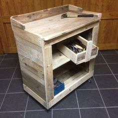 Working Trolley & Toolbox Made From Pallet Wood DIY Pallet Ideas