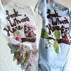 Reserved Listing - Twin baby outfits, Boys, GIRLS Owl onesies, Look Whoo's Here, baby shower gift, summer infant clothes