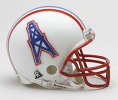 VTG Riddell NFL Mini Football Houston Oilers Team New in Box for sale online Houston Oilers, Houston Tx, Nfl Football, Football Helmets, Football Stuff, All Nfl Teams, Sports Teams, Sports Logos, Nfl Titans