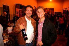 Chaves Oliveira Wines na 4° Degustação de Vinhos do Armazém Geral em Ribeirão Preto-SP, apresentando com sucesso seus rótulos italianos: - Nero D'Avola Tola  www.chavesoliveira.com.br/ (11) 2155 0871/ sgrael@chavesoliveira.com.br