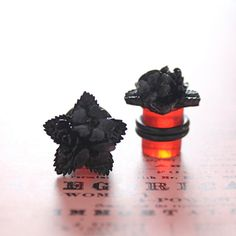 Plugs Size 00g 10mm Black Floral Rose & Star Vintage Cabochon Gauges for Stretched Ears Customizable for 4g 2g 0g 00g