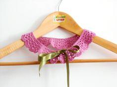 colletto pizzo a uncinetto, rosa,con nastro raso di cose di isa su DaWanda.com