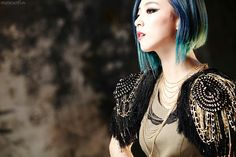 SMTOWN Vyrl f(x) - 'RED LIGHT' + 'Shake That Brass' Era Fx Red Light, Fx Luna, Krystal, Kpop Girls, Red Velvet, Girl Group, Dreadlocks, Victoria, Wonder Woman