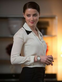 Amber heard hollywood actress amber heard on quiet before the storm memories Beautiful Celebrities, Beautiful Actresses, Beautiful Women, Beautiful Gorgeous, Amber Heard Hot, Amber Heard Style, Amber Head, Hollywood Actresses, American Actress
