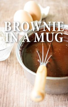 Ryan Scott showed a Rachael Ray fan how to rescue some deceptively simple baking projects, such as the Brownie in a Mug. http://www.recapo.com/rachael-ray-show/rachael-ray-recipes/ryan-scott-brownie-mug-recipe-chocolate-chip-cookie-cups/