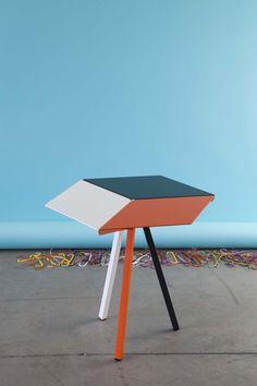 Table d'appoint KUBAN, design Luc Jozancy, Matiere Grise. #blanc #anthracite #orange #mobilier #metal #acier #indoor #design #side table #3Deffect #matieregrise #creditphoto #pierrickverny