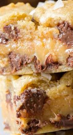 Amazing Salted Caramel Chocolate Chip Cookie Bars, with gooey caramel centers ~ This cookie bar recipe is so delicious, everyone will ask for the recipe - So irresistible