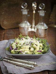 Ιωάννα Σταμούλου, Author at www.olivemagazine.gr Salad Bar, Types Of Food, Salad Dressing, I Foods, Potato Salad, Food Photography, Cabbage, Salads, Potatoes