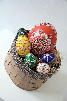 Oval box Kazeto - 100% handmade Easter Eggs, Snow Globes, Box, Handmade, Home Decor, Snare Drum, Hand Made, Decoration Home, Room Decor