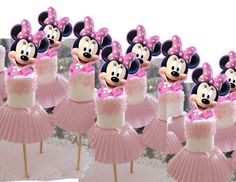 Minnie Mouse Cupcake Topper or Cake pop - Cupcakes Minnie Maus Cake Pops, Minni Mouse Cake, Minnie Mouse Cupcake Toppers, Minnie Mouse Birthday Cakes, Minnie Mouse Theme, Disney Cake Pops, Dad Birthday Cakes, Mickey Cakes, Mickey Birthday