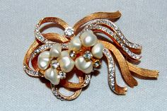Vintage / Brooch / Rhinestones / Pearls / by AmericanHomestead