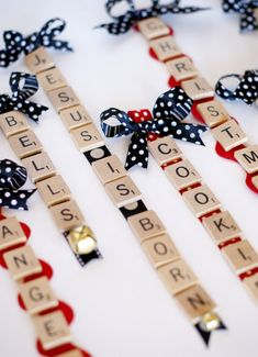 SCRABBLE TILE ORNAMENTS ~ a fun craft project to do while family is in town