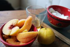 Homemade and Healthy Peach Frozen Yogurt | Broke But Bougie