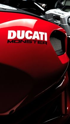 Omg...I want you. ..lol I ♥ Ducatis!! -Sky