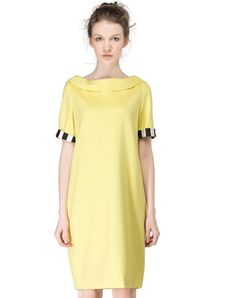 Check the details and price of this Light Yellow Loose Fit Boat Neck Midi Dress (Light Yellow, SAINTY) and buy it online. VIPme.com offers high-quality Day Dresses at affordable price.