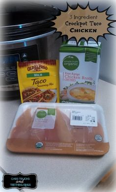 Cars, Trucks and Teething Rings: 3 Ingredient Crockpot Taco Chicken Recipe. Layer chicken on bottom of crockpot. Pour taco seaoning on top. Pour chicken broth to cover the chicken or use it all. Cook on low for 4 hrs. Shred for tacos, salad, etc Chicken Taco Recipes, Taco Chicken, Mexican Food Recipes, Recipes Dinner, Potato Recipes, Dinner Ideas, Layer Chicken, Dijon Chicken, Bourbon Chicken