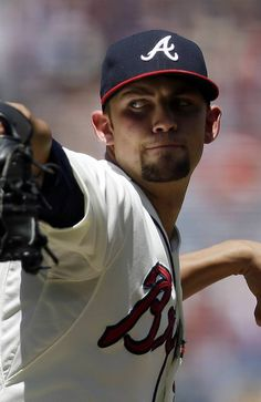 Atlanta Braves starting pitcher Mike Minor (36) works in the second inning against the Miami Marlins.