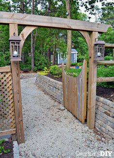 You can build this DIY garden arbor thanks to plans from The Family Handyman. It's big, but not difficult, only 6 pieces of wood total. Build it yourself! Gazebo Diy, Diy Arbour, Pergola Swing, Diy Patio, Pergola Kits, Metal Arbor, Wood Arbor, The Family Handyman, Arbor Gate