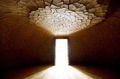 Andy Goldsworthy, how i love thee. Domo de Argila, by Sculpture Artist Andy Goldsworthy